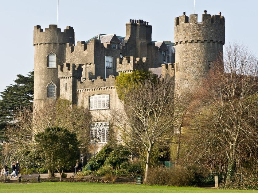 7tripson Com Malahide Castle Malahide Ireland