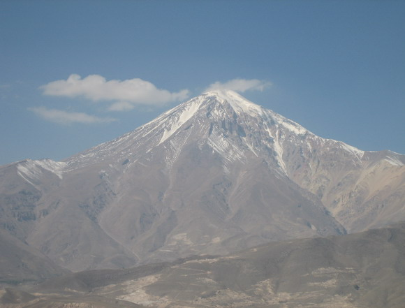 Landmark Mount Damavand (5610 m)